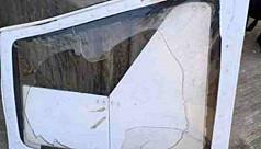 মানিকগঞ্জে হেলিকপ্টারের দরজা খুলে পড়ল বাড়ির ওপর